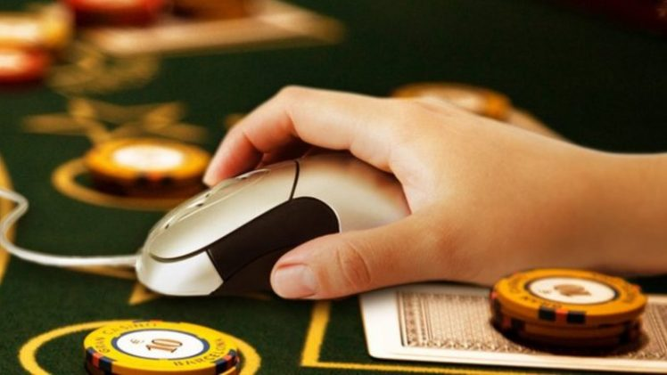 Pros and Cons of Online Casino Gambling